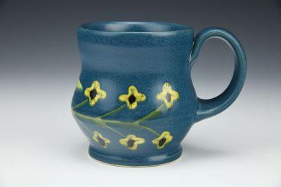 Curvaceous Mug