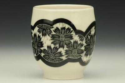 Black Floral Yunomi