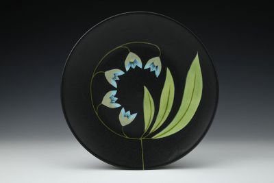 Black Plate with Three Large Leaves