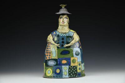 Garden Girl Vase Grandma Loved Her Quilts