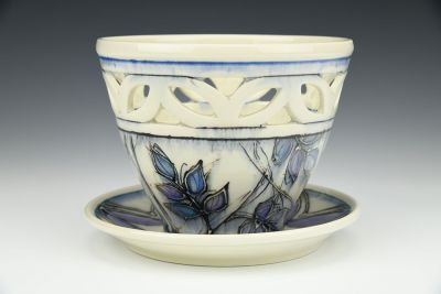 Ash and Pattern Pierced Pot with Plate