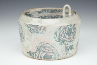 Garden Rose Jar