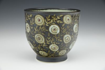 Black Teabowl with Dots and Leaves