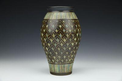 Black Petals Vase