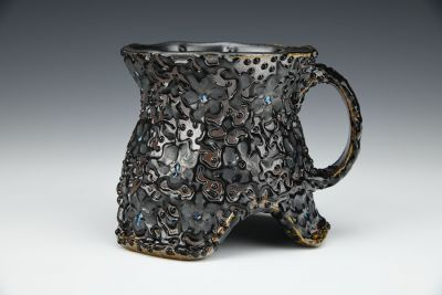 Black Arch Daisy and Vine Mug