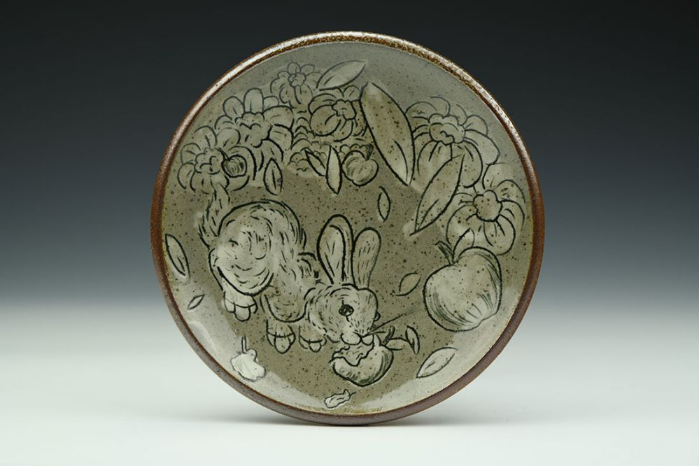 Rabbit and Apples Dessert Plate