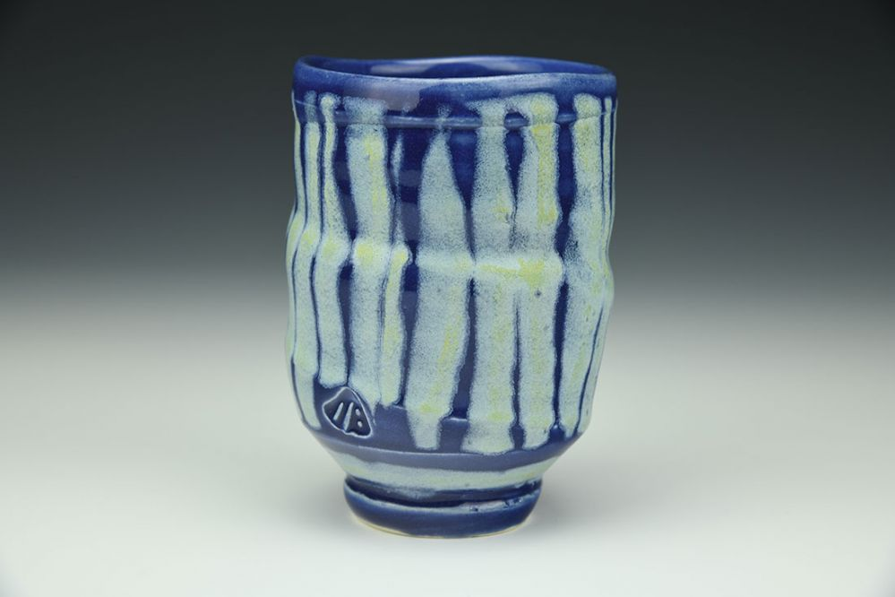 Blue-Blue Yunomi with Vertical Stripes