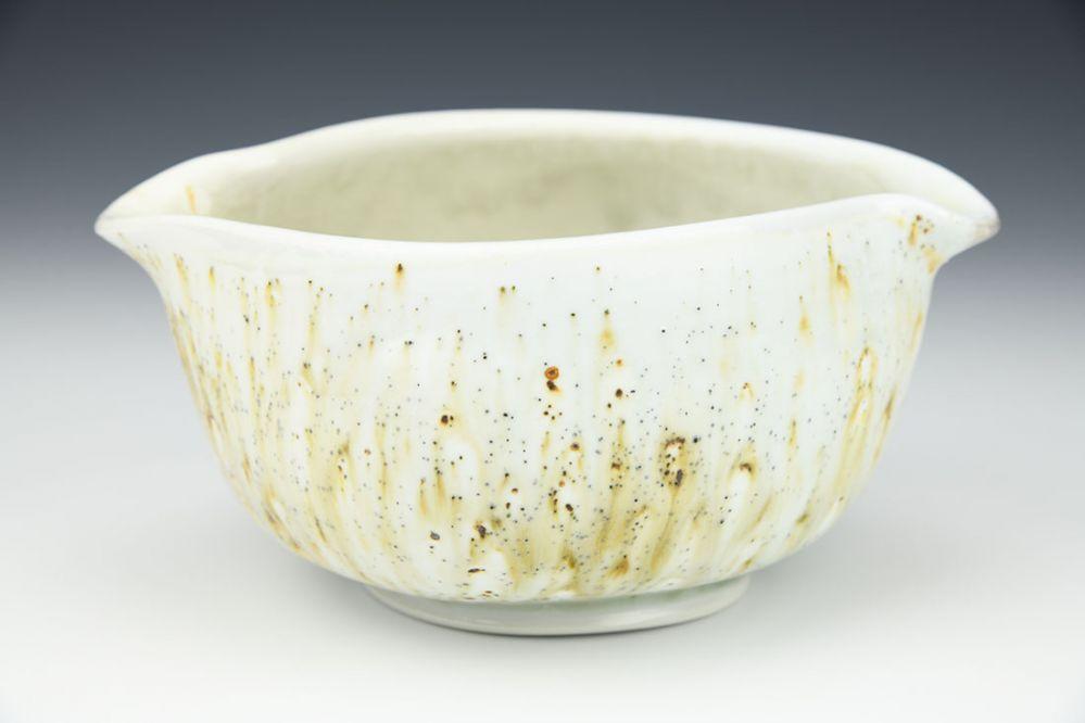 Lipped Bowl