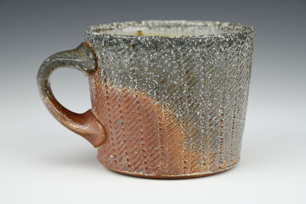 Vertical Dot Mug