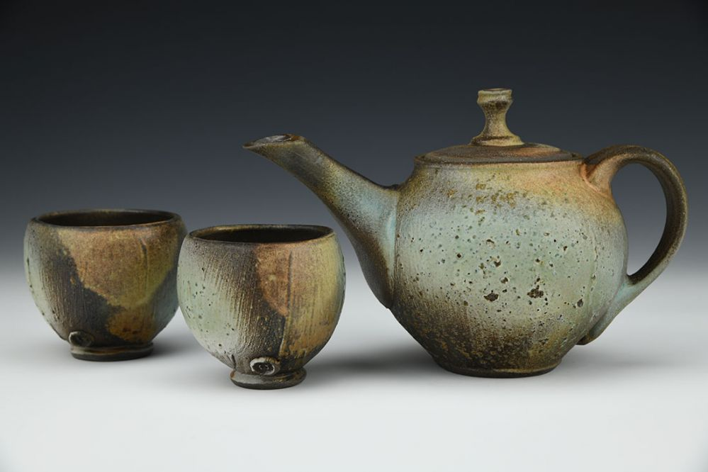 Rustic Teapot with Cups